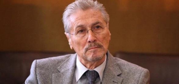 Fostul președinte, Emil Constantinescu