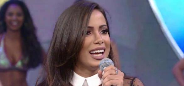 Plástica na boca de Anitta chamou atenção (Reprodução)