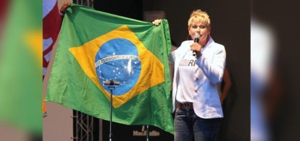 Xuxa já pensa em deixar o Brasil