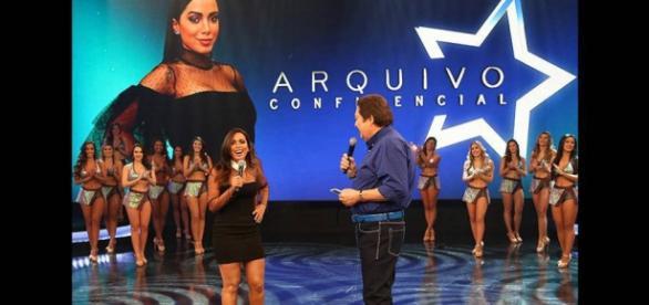 Anitta participa do Arquivo Conficencial