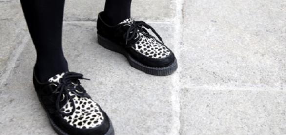 Zapatos de punta acordonados, (zapato señor)