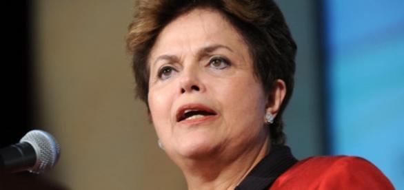 La presidenta de Brasil esta quedando sin apoyo politico