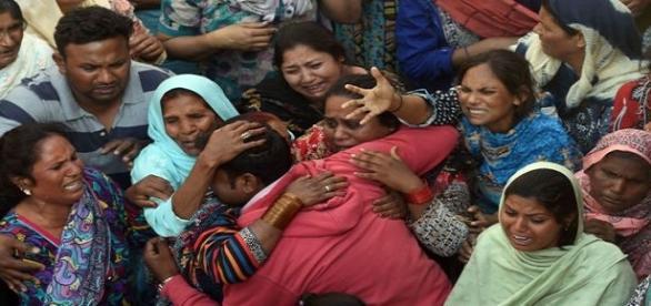 Muchas familias a diario pierden a sus seres queridos a causa de los atentados