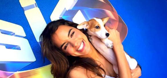 A actriz foi surpreendida no programa pelo seu cão