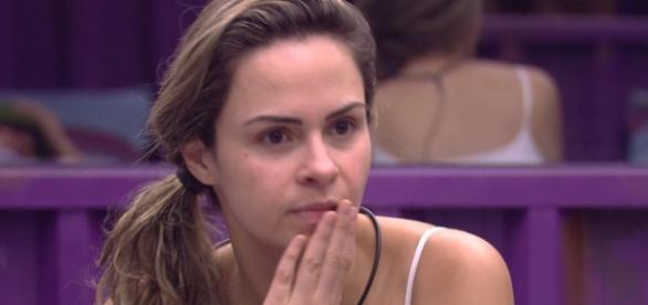 Ana Paula continua no Big Brother Brasil