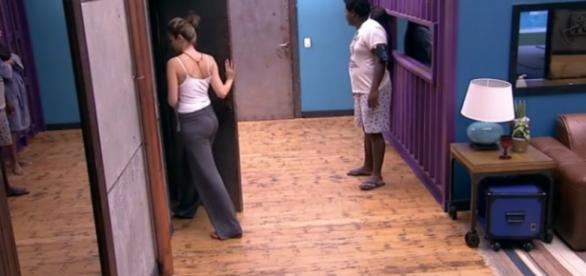 Ana Paula entra no confessionário disposta a sair