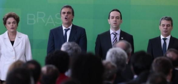 Dilma deu posse a novos ministros nesta quinta
