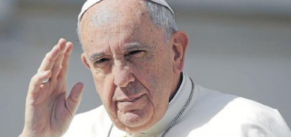 O papa Francisco tem sido elogiado por sua conduta