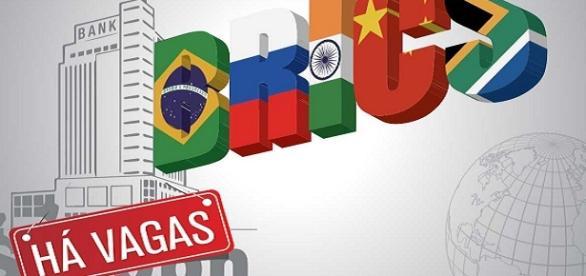 """Banco do """"BRICS"""" com vagas abertas"""