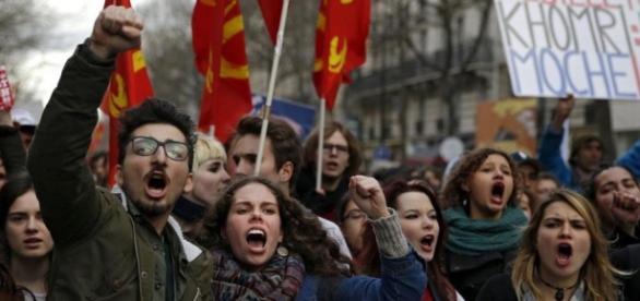 Crecen, durante los últimos días, las protestas en contra de la reforma laboral