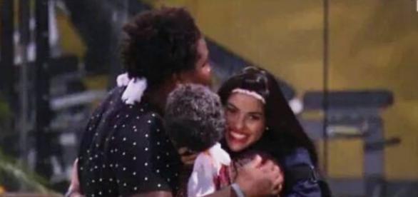 #Geronik: Geralda, Ronan e Munik (Reprodução/Globo)