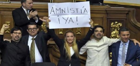 La Asamblea Nacional de Venezuela sancionó la Ley de Amnistía