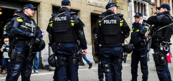 Policja nękała nauczyciela za wpis na Twitterze
