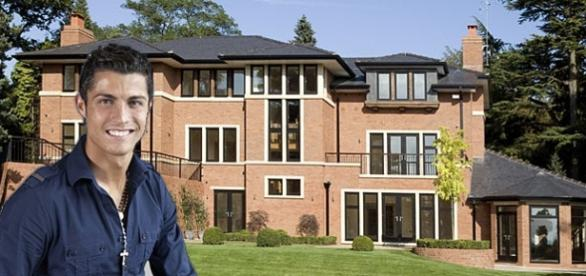 Ronaldo desmiente que vaya a vender su casa de Madrid