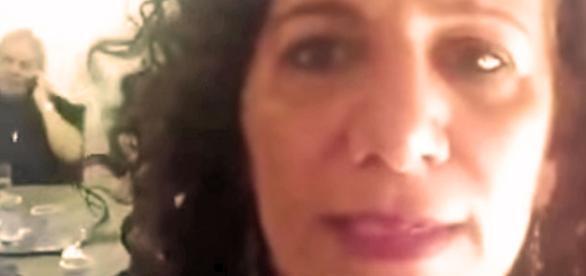 Jandira durante gravação de vídeo