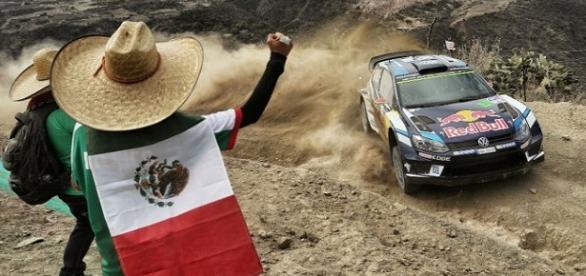 Jari-Matti Latvala, lidera la competencia