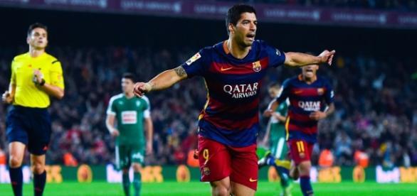 Luís Suárez en un partido ante el Eibar