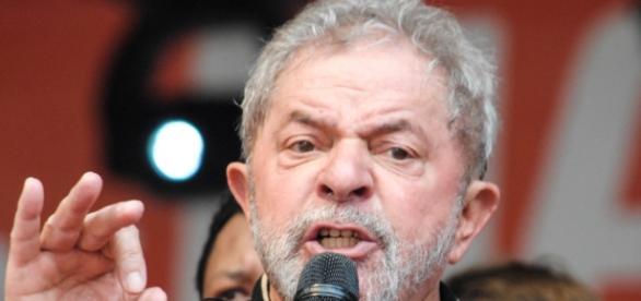 Lula pretende ser candidato a presidente em 2018