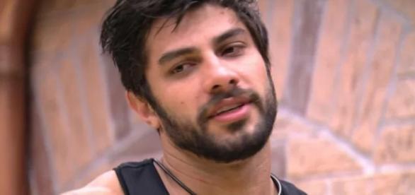 Renan diz que quer dar murro em Ana Paula