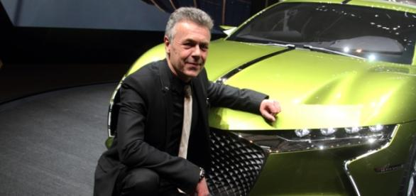 Thierry Metroz, designer DS devant E-Tense