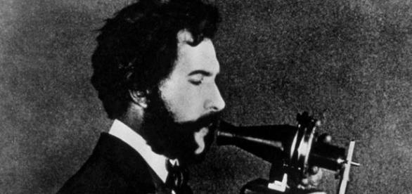 Bell și invenția sa, telefonul