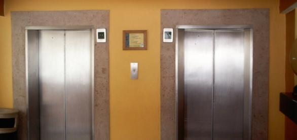 Elevator kills woman [Photo via Aaron/Flickr CC]