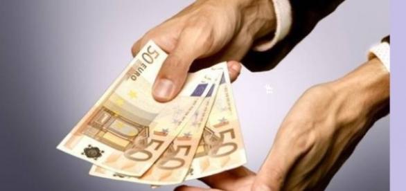 Românii ar putea primi salarii mai mari