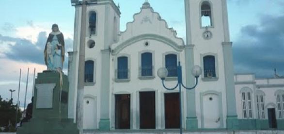Santana de Acarau abre concurso para vários cargos