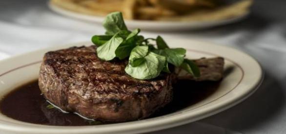 Manger de la viande qui nous rend humain