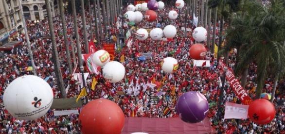 Ato reuniu 40 mil em São Paulo. Foto: Brasil de Fato