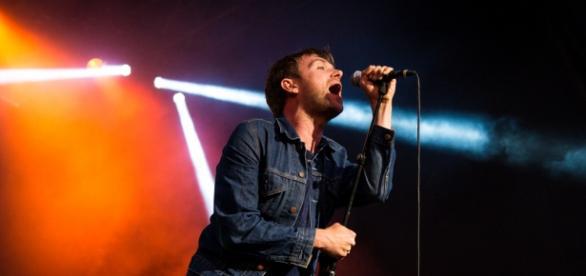 Damon Albarn, vocalista de Blur, en concierto.