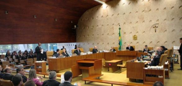 Liminar do relator saiu quinta feira 31/03/2016.