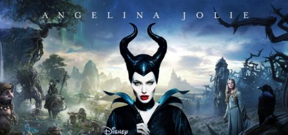 """Angelina Jolie volta para atuar na sequência do filme """"Malévola"""", que ainda não tem data de lançamento."""
