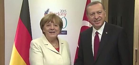 Czy Merkel poprze w ryzykowny dla niej sposób Erdogana?