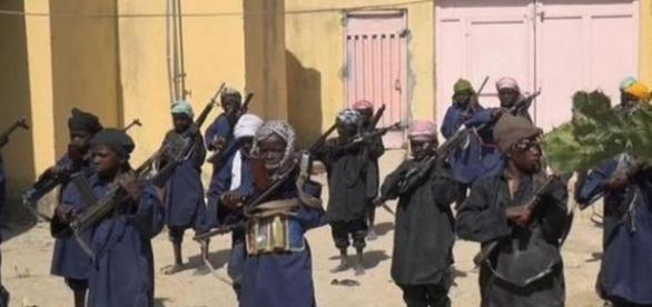 Entrenamiento terrorista con niños de Boko Haram