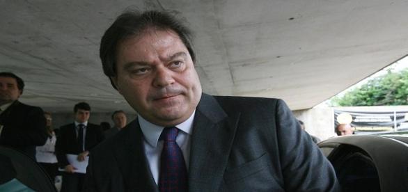 O Senador Gim Argello é acusado de Concussão e Corrupção Ativa pela Polícia Federal