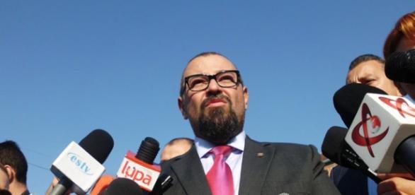 Cristian Popescu - Piedone vrea din nou Primăria