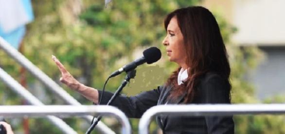 Cristina Fernandez de kirchner en Comodoro Py telam