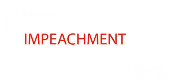 Debate reuniu estudantes do 7º período de Jornalismo com opiniões contra e a favor do impeachment