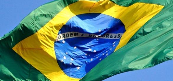 O povo brasileiro não desiste e a corrupção será vencida.