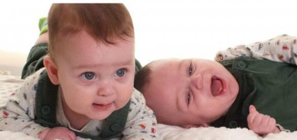 Mãe teme em perder um dos gêmeos