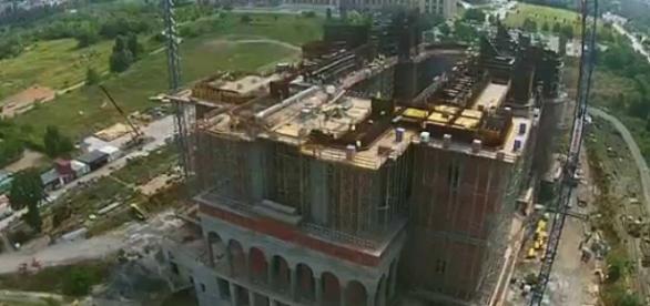 Şantierul construcţiei Catedrala Mântuirii Neamului
