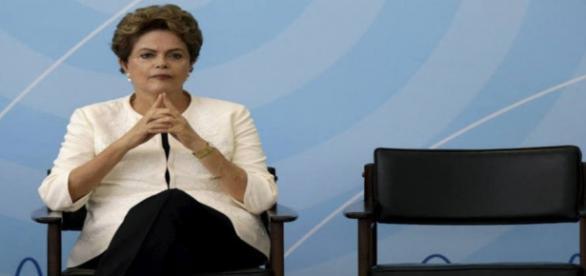 Governo Dilma tem dia decisivo nesse domingo