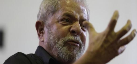 Lula tenta salvar Dilma ou obter novas eleições