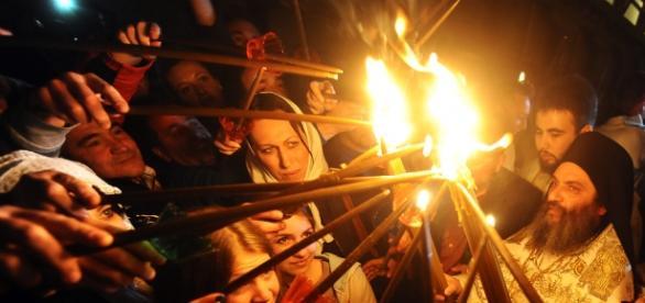 Slujba de Înviere interzisă în unele biserici