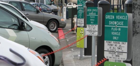 Stație de alimentare pentru automobile electrice