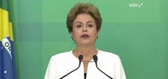 Dilma se pronunciou no Planalto na tarde desta segunda