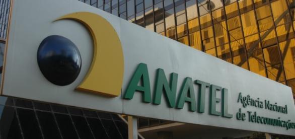 Governo Federal contraria posicionamento da Anatel e quer que operadoras continuem oferecendo pacotes ilimitados
