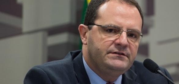 Nelson Barbosa defende nova meta fiscal
