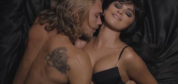 Selena Gomez durante um videoclipe